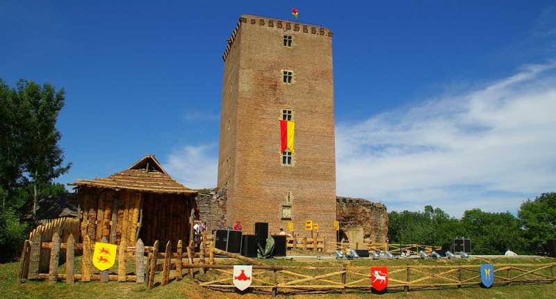 Médiévales au Château de Montaner.